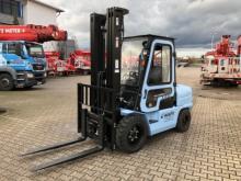 Dieselbetrieben ✅Hubhöhe 5,50 m ✅Traglast 3,5 t ✅Vielseitige Einsatzzwecke ✅Verglaste Stahlkabine ✅Jetzt reservieren ☎ 0221 - 888 110 200