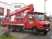 LKW Hubsteiger ✅Arbeitshöhe 22 m ✅Max. Traglast 200 kg  ✅Leicht, wendig und schmal stützend ✅ Jetzt reservieren☎ 0221 - 888 110 200