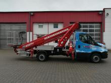 Mieten Sie unsere LKW-Teleskop-Arbeitsbühne L290-001 mit einer Arbeitshöhe von 28,8 Metern